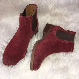 Sofft Sherwood Suede Chelsea Boot Sz 6